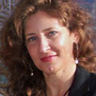 Lori Strazzulla expert realtor in Treasure Coast, FL
