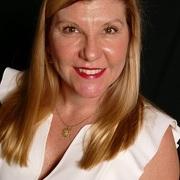 Kimberly Small expert realtor in Treasure Coast, FL