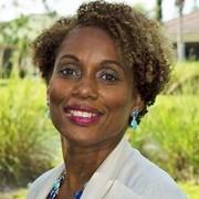 Valinda <br>Hanna-Lazarus expert realtor in Treasure Coast, FL