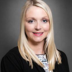Lauren Mayfield expert realtor in Louisville, KY