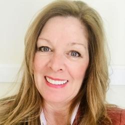 Lisa Nilli, Joe Simms Group expert realtor in Louisville, KY