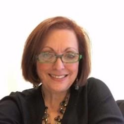 Louise B. Venettozzi expert realtor in Louisville, KY