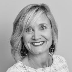 Lynette Masterson expert realtor in Louisville, KY
