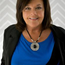 Vickie  Dycus expert realtor in Chattanooga